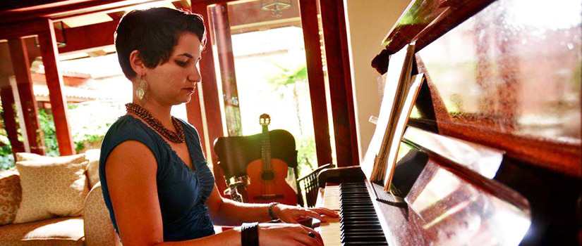 3/26: Songwriting Workshop with Elena Lacayo